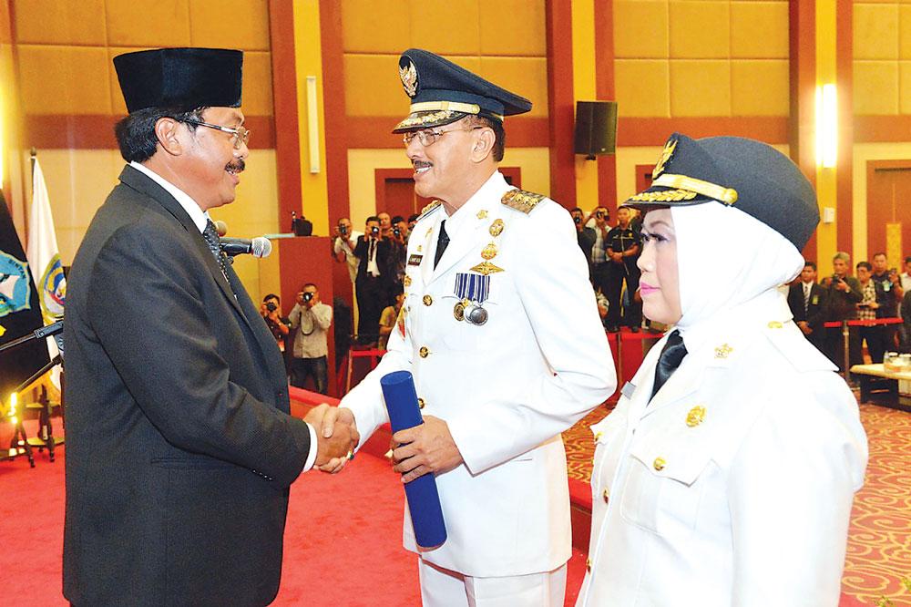 Pelantikan Bupati dan Wakil Bupati Natuna - DISHUB KAB. NATUNA